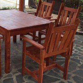 Terasz garnitúra, székek asztallal